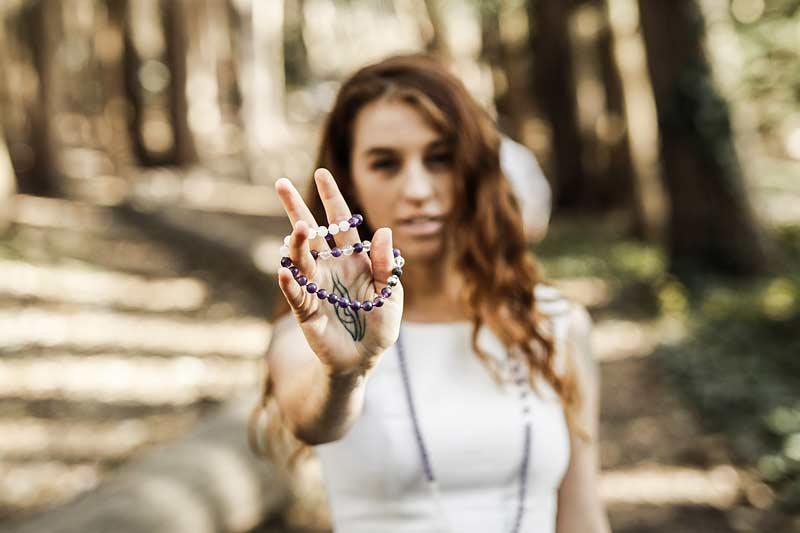 wrap bracelet amethyst rose quart clear quartz wellness vitajuwel